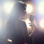 歌手を目指す方が芸能学校に通うメリット!どんなことが学べる?
